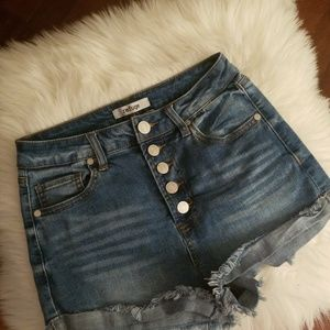 Size 4 Refuge high-waisted shorts